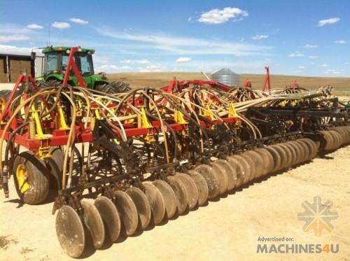 Bourgault 8810 Cultivator - http://www.machines4u.com.au/browse/Farm-Machinery/Planting-Seeding-Tillage-194/