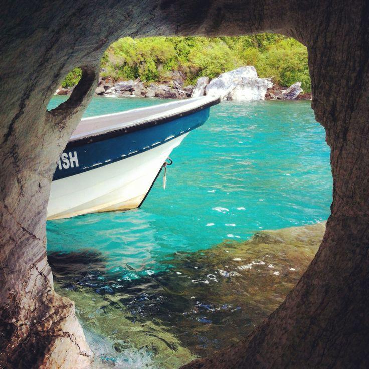 Puerto Tranquilo / Cavernas de Mármol en el  lago General Carrera.