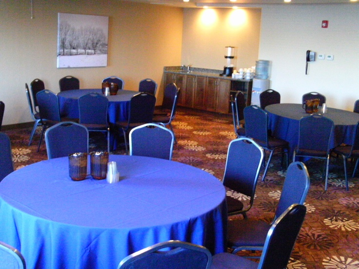 Our Harvest Board Room can host a variety of guests in differing seating arrangements - theater, classroom or at round tables.   It is equipped with high speed & wireless internet, computer hook-up, flat screen TV and projector screen. In-floor power makes for convenient hook up of Audio-Visual equipment.