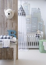 love this city scape by toddler bed.
