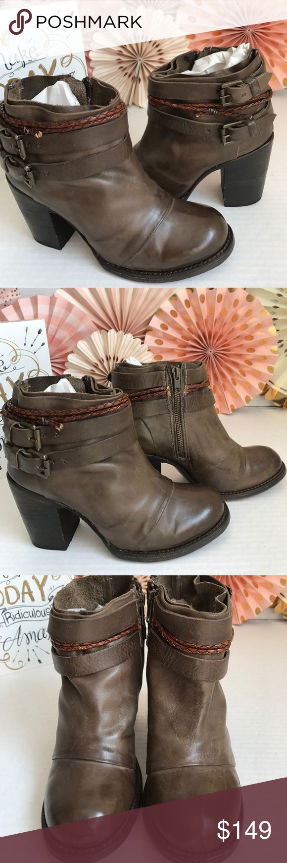 """Freebird by Steven Lion Bootie 🦁 Round toe. Topstitch construction. Side zip closure. Buckle strap detail. Braided strap detail. Stacked chunky heel. Approx. 3.5"""" heel. Approx. 5"""" shaft. Size 8M Gently Worn in Good Condition. No Box🎁 freebird by Steven Shoes Ankle Boots & Booties"""
