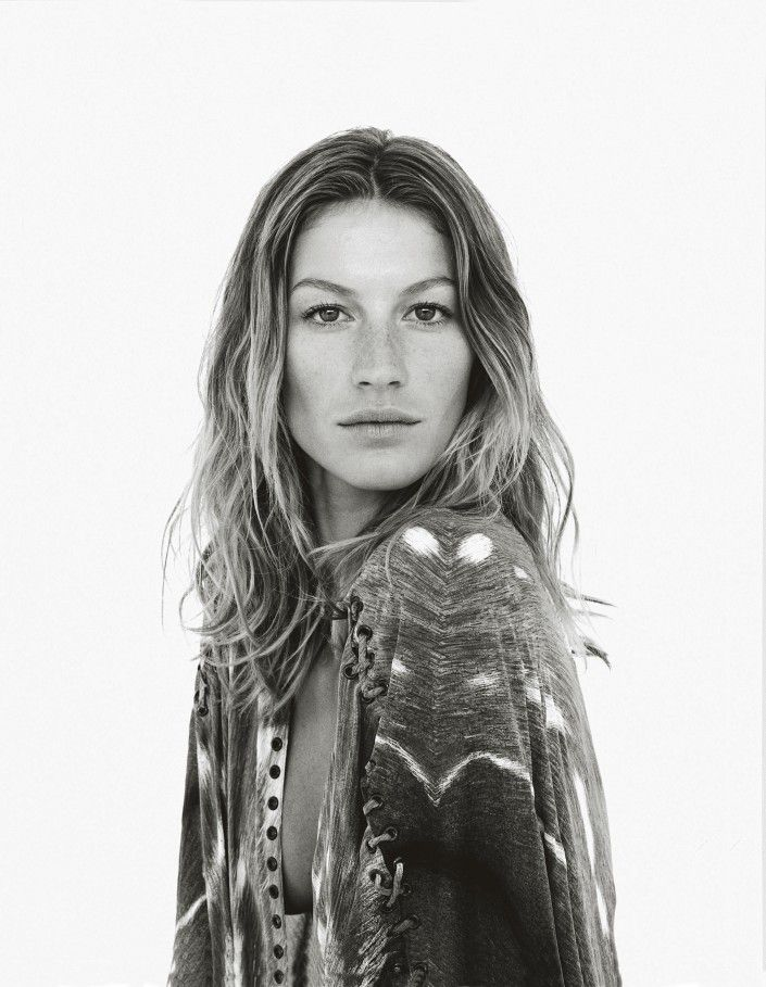Gisele with her effortless beach waves