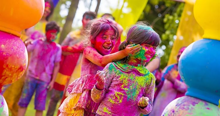 Amazing Happy Holi Wishes 2018    Best Sms Wishes Messages of Holi 2018 For friends