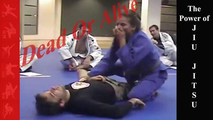 Jiu Jitsu Girl Takes Out Guy Showing the power of Jiu Jitsu