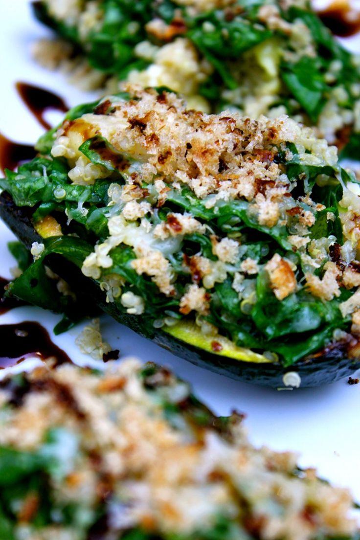#Zucchine ripiene con insalata estiva di cavolo nero, quinoa e Grana Padano. Buon pranzo!