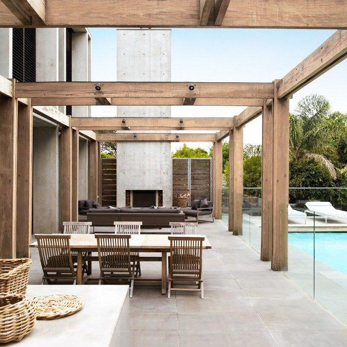 Sorrento House on the Mornington Peninsula by Melbourne-based Rob Mills Architects