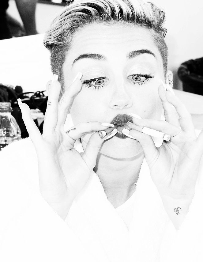 89 Best Miley Cyrus Images On Pinterest  Miley Cyrus -3237