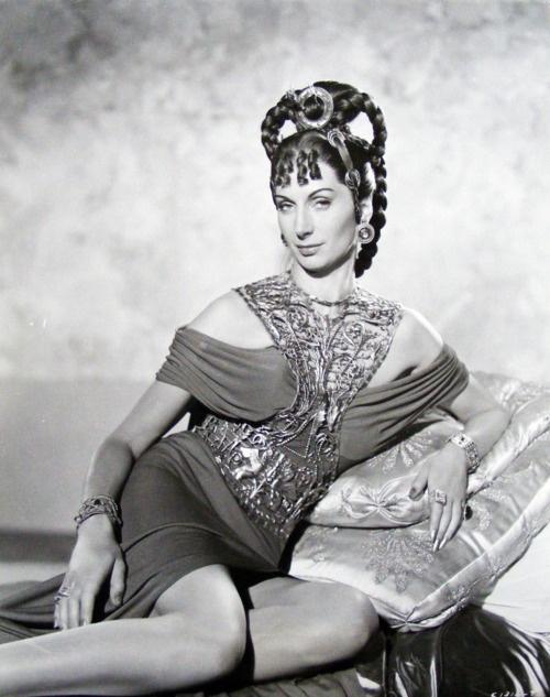 Patricia Laffan as Poppea Sabina (Quo Vadis) | Book ... Patricia Laffan Images