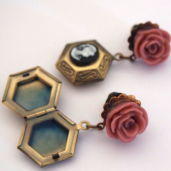 4g 5mm Locket Dangle Girly Plugs  Stretched Ears by Glamsquared, $25.00