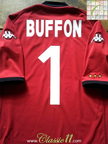 Relive Gianluigi Buffon's 2002/2003 international season with this vintage Kappa Italy away goalkeeper football shirt.