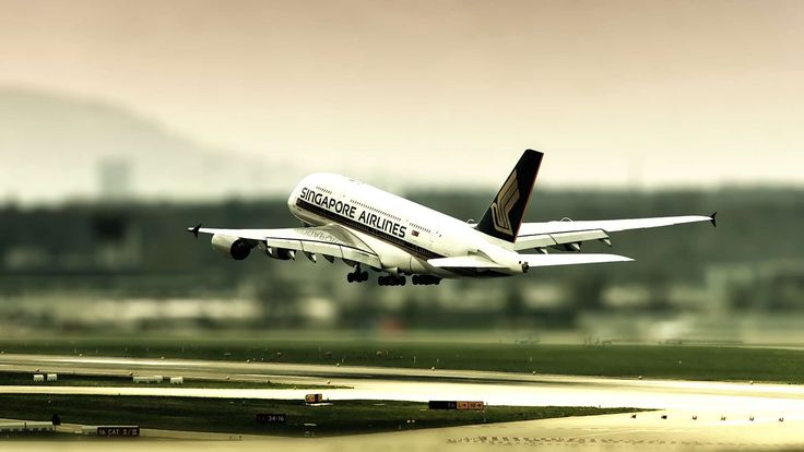 Airbus A380 Singapore Airlines Landing - http://www.fullhdwpp.com/transportation/aircrafts/airbus-a380-singapore-airlines-landing/