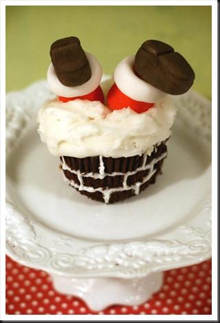 Chimney cupcake... so cute!: Cute Cupcakes, Christmas Baking, Santa Clause, Christmas Recipes, Father Christmas, Santa Baby, Christmas Cupcakes, Santa Cupcakes, Christmas Sweet