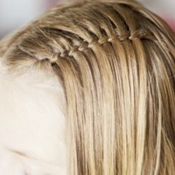Create this beautiful twist in a few simple steps with this great video tutorial!