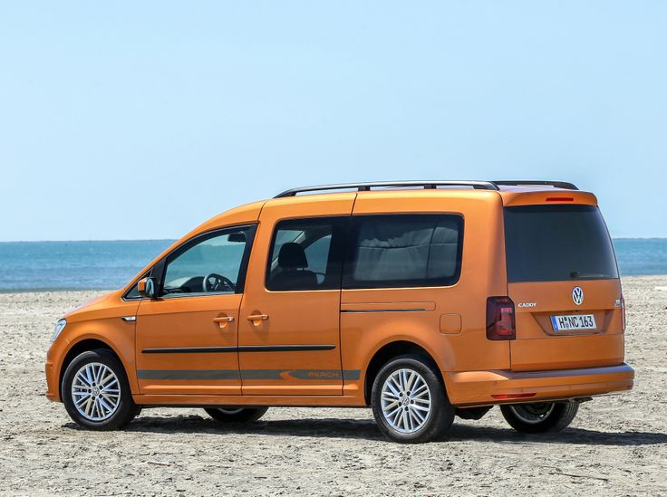 2015 Volkswagen Caddy Maxi at Beach