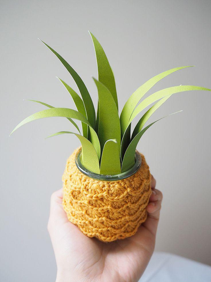 J'adore  j'adore ! un petit pot ananas ! find on Les Moustachoux