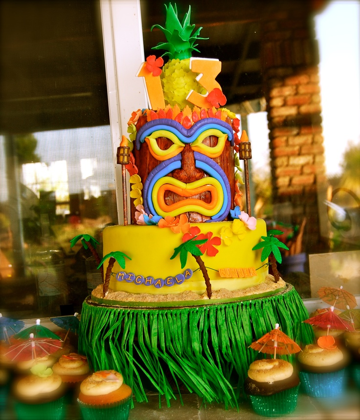 Hula Girl Cake Design : Hula cake Cakes and Sweets Pinterest Hula and Cakes