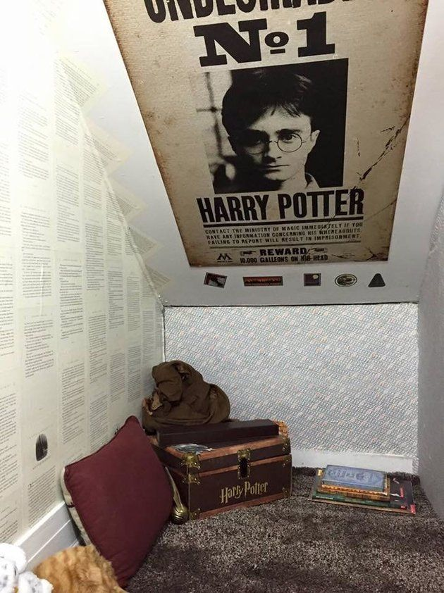 See how this mother transformed a dirty space into a Harry Potter cupboard under the stairs