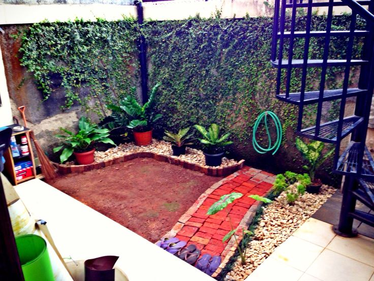 Lanscaping using wasted wood and brick