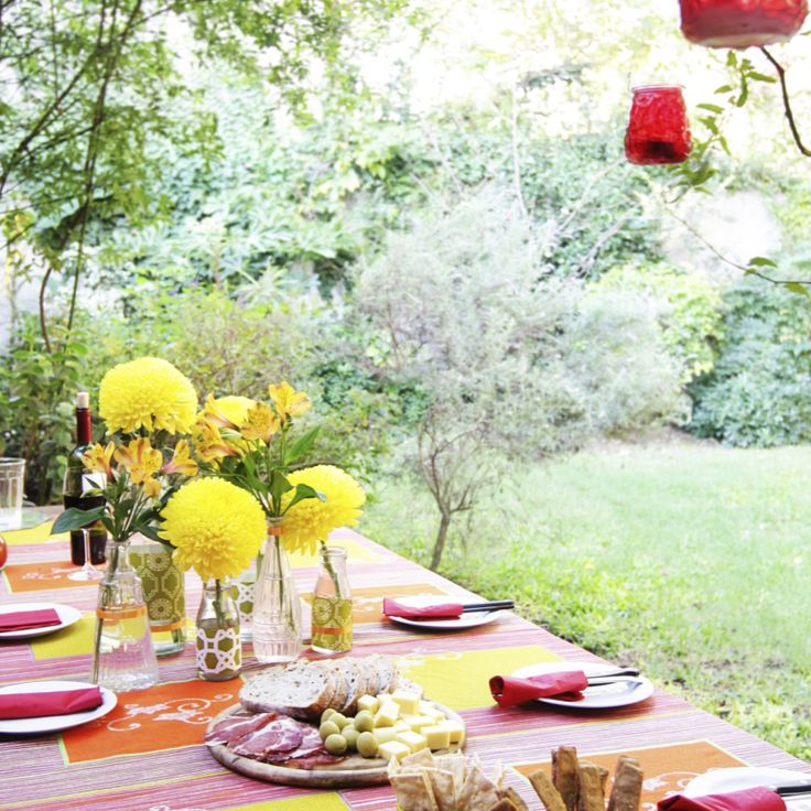 Easy Dining Al Fresco: Make Any Meal a Special Occasion