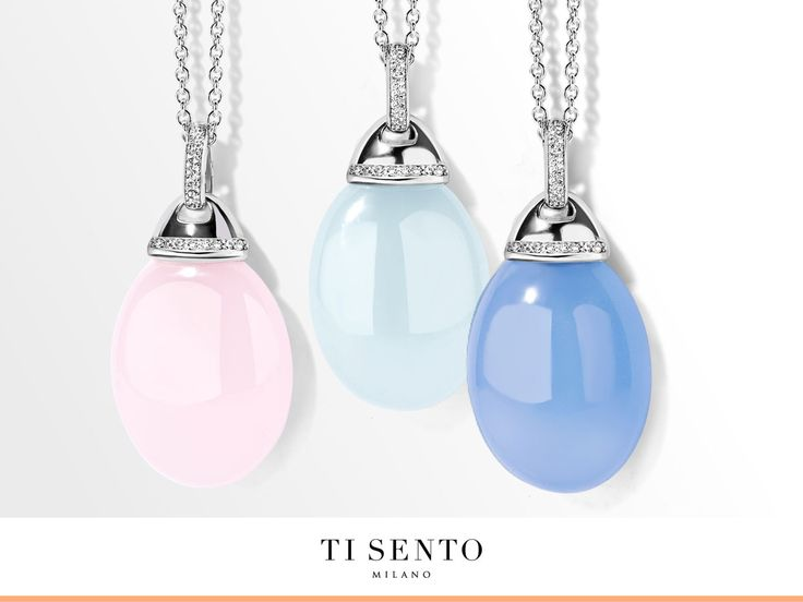 These are the new pebble stone pendants of this season. Which colour do you think fits you best?