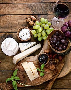 Wine and food pairing, choose the perfect match for your favorite wine. More of these & you will always be in the good books.. #foodpairing #goodbooks