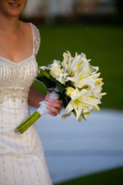 Fresh, fragrant flowers add a sensual and romantic element to your wedding in Mexico.