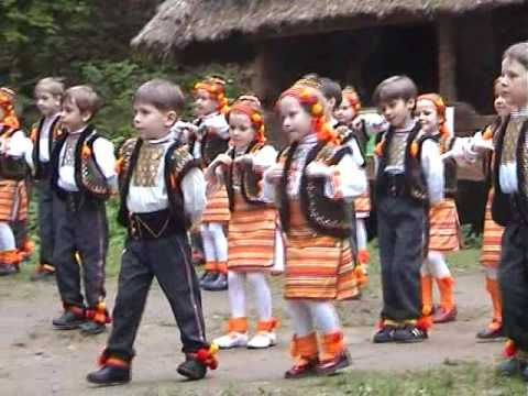 ▶ Ukrainian dance. Kolomyjky - YouTube