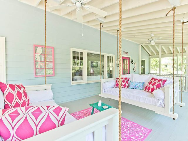 It's Tybee Time! The Salty Mermaid Cottage on Tybee Island, Georgia is an authentic 1940's cottage full of coastal charm and cheery color! You can tell the owners really had a lot of fun decorating th