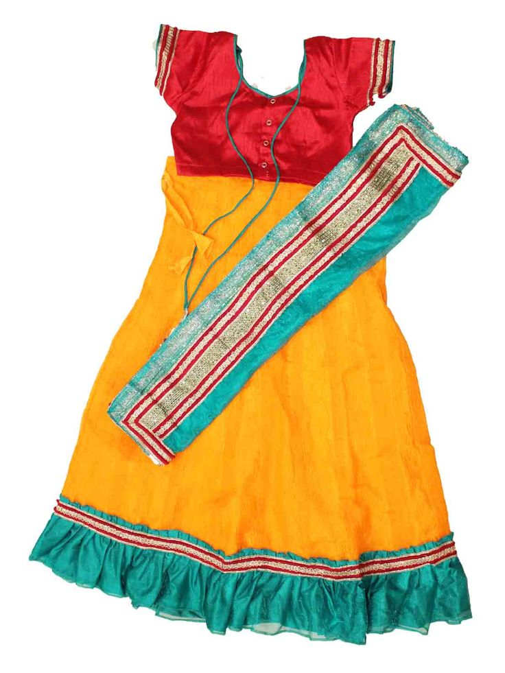 Traditional Kids half saree from age 3 to 10 years - Free shipping all over India - Price varies from -Rs 1100 - Rs 1600  http://www.princenprincess.in/index.php/home/product/330/Big%20babool%20half%20saree%20-%20Orange%20red%20and%20green