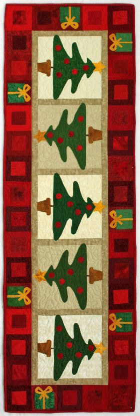 December calendar runner, design by Kim Schaefer, seen at Quilters' Corner (Ithaca, NY)