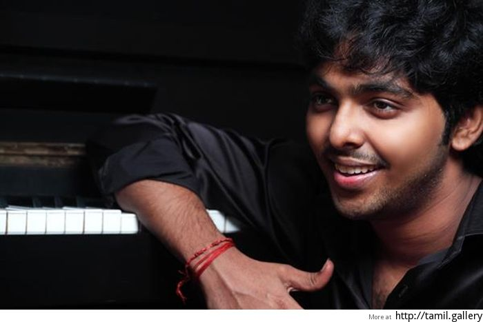 G.V. Prakash Kumar invites 'new' voices as playback singers - http://tamilwire.net/57212-g-v-prakash-kumar-invites-new-voices-playback-singers.html