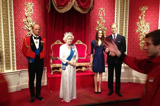 Why Queen Elizabeth Is Rumored To Dislike Prince William S Wife Kate Middleton Latin Times Madame Tussauds Tussauds London Royal Family Pictures