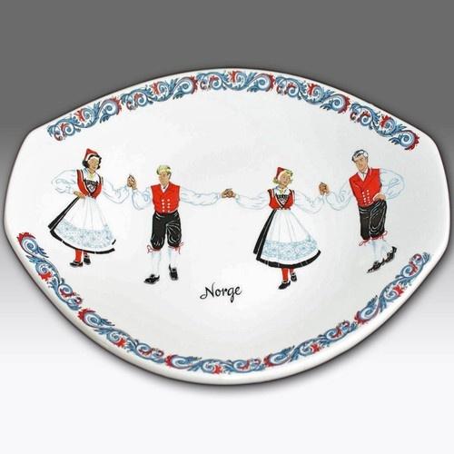 VINTAGE FIGGJO FLINT OBLONG PLATE/DISH NORWEGIAN FOLK DANCING DESIGN - NORWAY