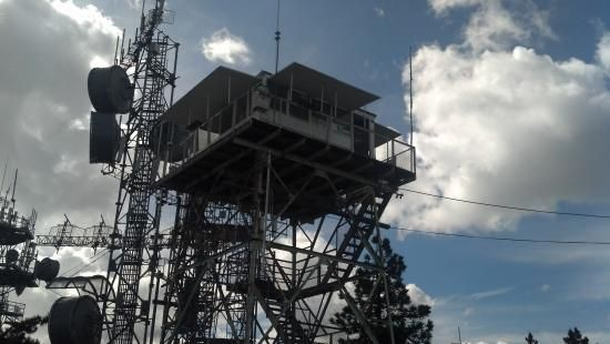 Strawberry Peak Fire Lookout, Twin Peaks: Lake arrowhead