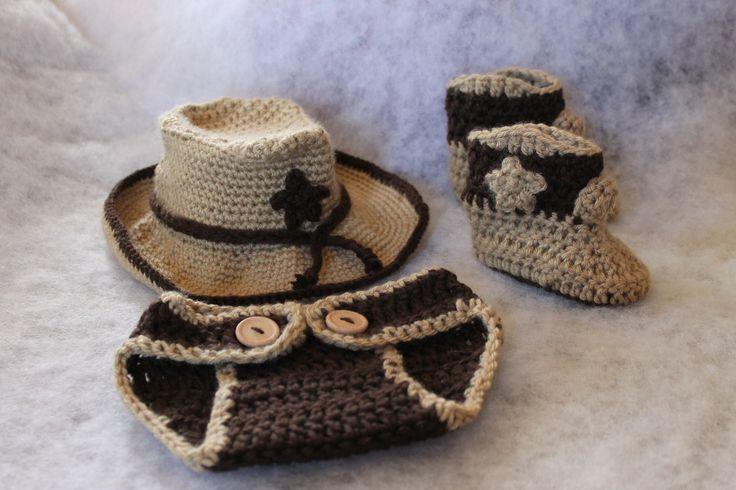cowboy newborn set Crochet http://www.ravelry.com/projects/FiddleDeeGreen/childs-cowboy-hat