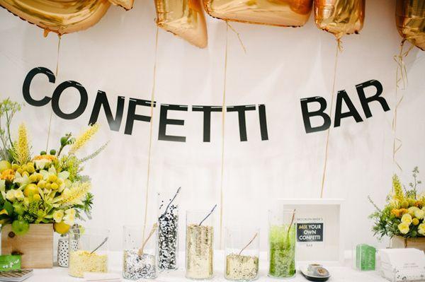 Baut eine Selbstbedienungs-Konfettibar auf | 23 tolle Ideen, mit denen Deine Hochzeitsfeier noch schöner wird