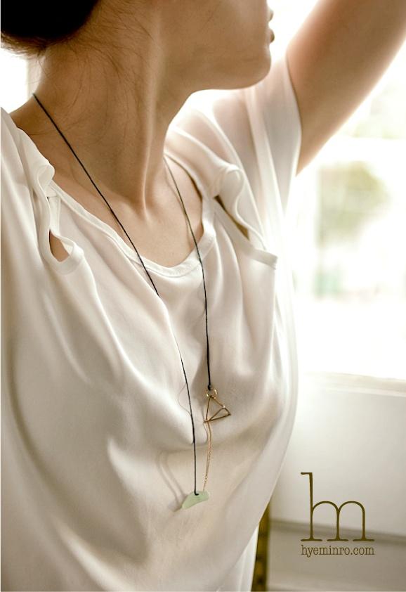 dari  _necklace   hyeminro.com