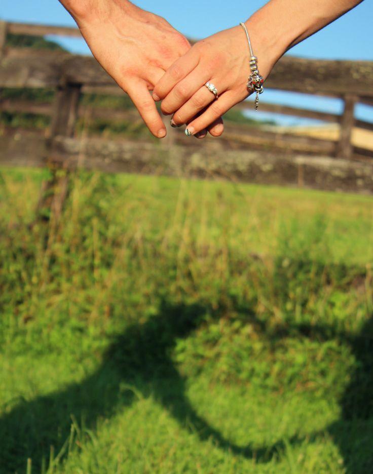 おしゃれなウェディングフォトを残したい*愛が伝わるポーズのアイデアまとめ♡にて紹介している画像