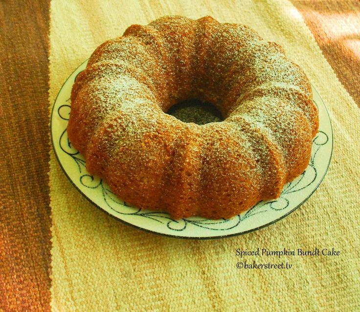 Spiced Pumpkin Bundt Cake ~ ~ ~ for Thanksgiving Brunch or with left-over turkey sandwiches over the weekend.