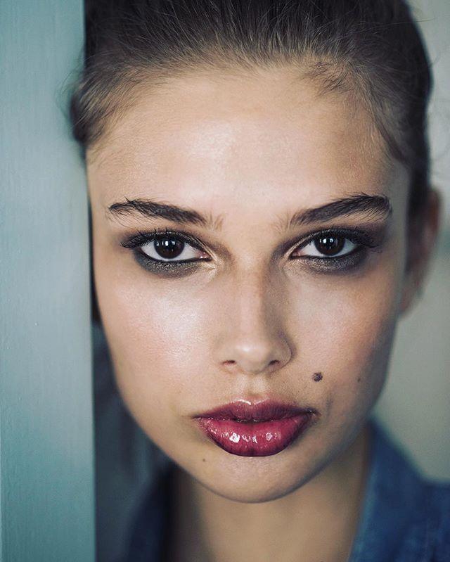 Ekaterina @women_milano for @concordemag Photo by @saintyvy MUAH @anna_korn  #preview #model #makeup #makeupandhair #beauty #beautybykorn#annakorn #makeupannakorn #makeupmilan #trucco #bella #style #fashion #editorial #визажист #макияж #makeupartist #фэшн #журнальныймакияж #glow #dewyskin #makeupblog #beautyblog