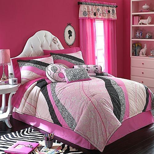 17 best images about girls bedroom decor on pinterest for Hot pink bedroom set