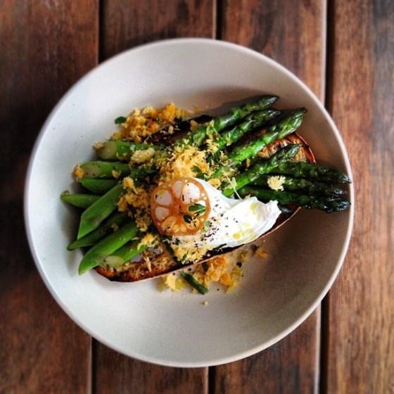 Posto No. 19: Poached Egg, Asparagus & Parmesan Crumbs #RushcuttersBay #Sydney