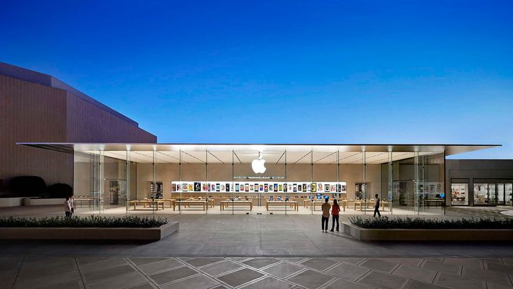 A dramatically thin roof soars over the glass front of the Apple Store at Stanford Shopping Center, Palo Alto – another of this year's winners at the Architizer A+Awards.