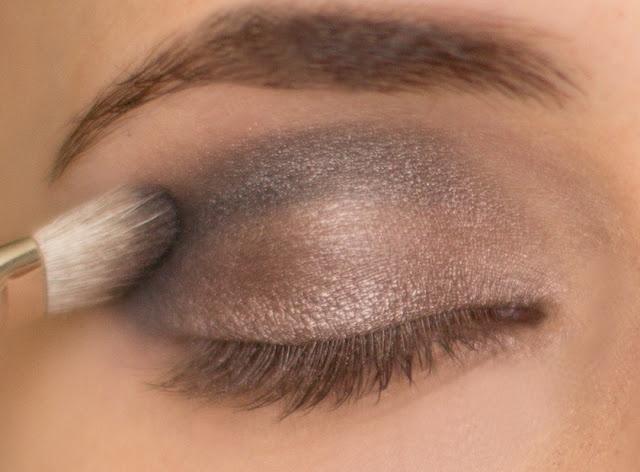Hair and Make-up by Steph: How To: Metallic Smokey Eye