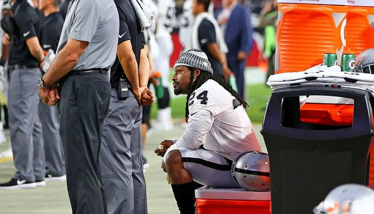 Raiders RB Marshawn Lynch sat during the playing of the national anthem.  http://ift.tt/2w21aTr Submitted August 13 2017 at 12:21AM by BasedGodClutchh via reddit http://ift.tt/2uBGiPk