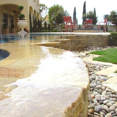 Beautiful edgeless pool