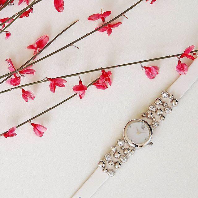 женские наручные часы красиво ремень серебро, серебряные #шарм #like #beauty #цветы #роскошь #мило #купить #интернет #девушка весна