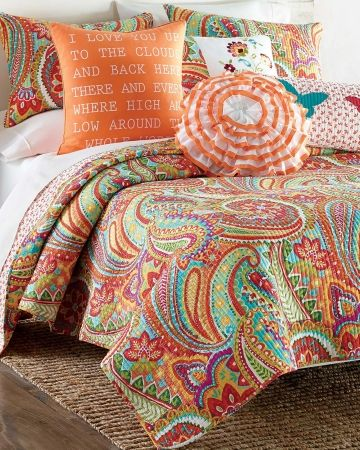 Luxury Orange Paisley Bedding | Paisley Luxury Quilt - King, 25-52558061, Featuring a bold paisley ...