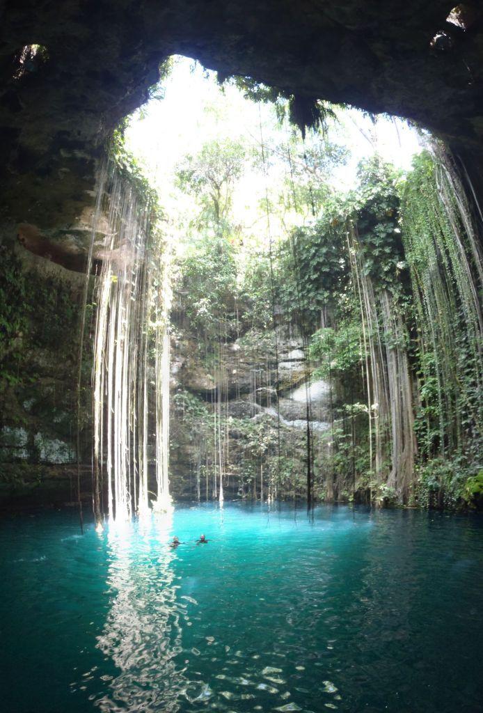 Cenote Ik Kil, Yucatan, Mexico - Amazing Things in the World