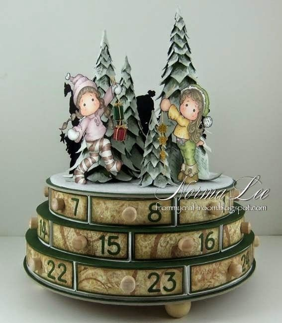 From My Craft Room: Advent Calendar With A Circular Base Tutorial